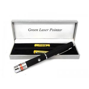 Лазерная указка Bailong BL-8410 зеленый луч на 2-х батарейках ААА